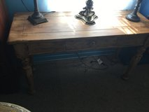 2 pice all wood rustic in Conroe, Texas