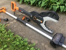 Worx Jaw Saw Electric Chain Saw in Chicago, Illinois