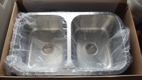 Stainless Steel Kitchen Sink (Brand-New) in Lawton, Oklahoma