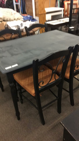 Table with 4 Chairs (Black) in Fort Leonard Wood, Missouri
