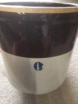 # 6 brown glazed ceramic pot in Glendale Heights, Illinois