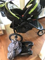 Graco click connect jogging stroller and car seat in New Lenox, Illinois