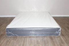 Queen Memory Foam mattress by Puffy in Spring, Texas