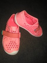 Girls size 10 toddler summer adventure shoes in Camp Lejeune, North Carolina