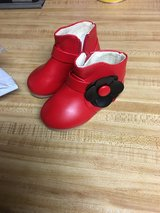 Brand new shoes toddler size 7 in Fort Irwin, California