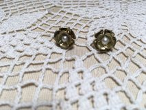 Earrings Vintage Posts Gold Flowers with Petals Pearl in Center Nice in Kingwood, Texas