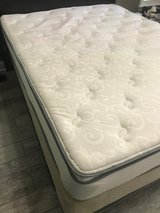 BEAUTYREST Classic (R) Queen Size Mattress + Box spring - (Warner Robins) in Byron, Georgia