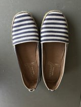 Reduced: Like New Aerosoles Women's Navy & White Shoes in Naperville, Illinois