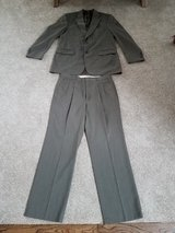 Men's brown suit size 36/32 in Lockport, Illinois