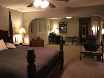 HUGE MASTER SUITE & PRIVATE MASTER BATH & 2nd BEDROOM FOR RENT in Temecula, California