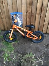 Specialized aluminium 12 inch 3-5 years bike in Lakenheath, UK