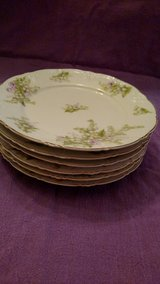 6 Antique China plates, delicate floral pattern. in Alexandria, Louisiana