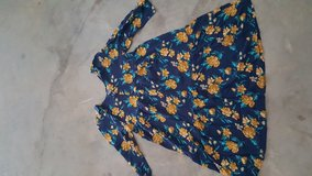 Girls Old Navy Floral Dress Size XL 16 in Fort Polk, Louisiana