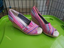 Womens size 9 TOMS Wedges in Fort Riley, Kansas