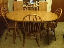 TABLE AND CHAIRS (WITH 2 LEAVES) in Naperville, Illinois