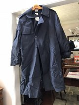 Trench coat- navy, men's in Pleasant View, Tennessee
