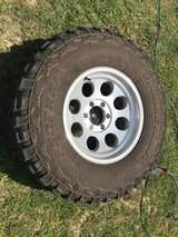 "35"" mud tires and rims in Dover, Tennessee"