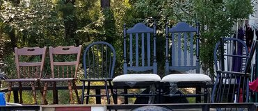 Assorted Chairs (2 Black with white seats are sold) in Warner Robins, Georgia