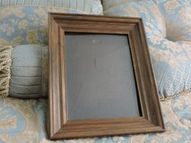 Picture frames 11x 13 in Warner Robins, Georgia