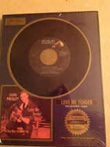 "Elvis Collector Edition "" Love Me Tender "" Framed 45 in Aurora, Illinois"