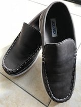 LIKE NEW Josmo Loafer Boys Size4 in Okinawa, Japan