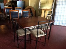 Kitchen Table and Chairs in Fort Polk, Louisiana
