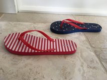 Big Kid Old Navy 4th of July Flip Flops - Women's Size 5 in Chicago, Illinois