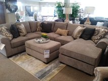Beautiful Modular Sectional & Ottoman in Fort Campbell, Kentucky