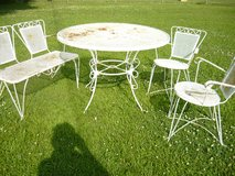 Outdoor furniture in Fort Campbell, Kentucky