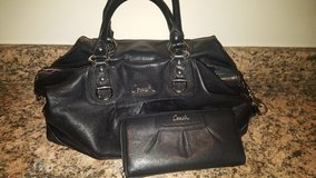 Coach Black Leather Ashley Purse and Wallet Set in Leesville, Louisiana