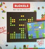Mattel Bloxels Build Your Own Video Game in Tinley Park, Illinois