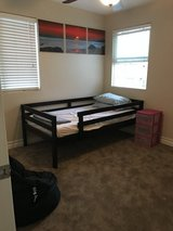 Roomate in Hemet, California
