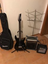 Electric Guitar w/ Amplifier: Ibanez GIO-series in Grafenwoehr, GE