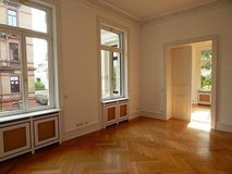 Beautiful apartment in historic villa in Wiesbaden close to city center and Park in Wiesbaden, GE