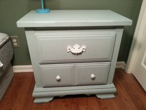 Wood night stand/ end table/ bedside table in Fort Bragg, North Carolina