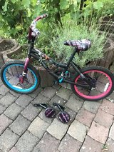 Girls' Ages 5-8 Nearly New Bicycle in Ramstein, Germany