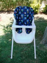 High Chair in Alamogordo, New Mexico
