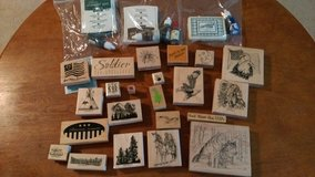 22 craft stamps & ink pads w/ ink in Warner Robins, Georgia