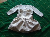 0 - 3 months  Gold princess dress. in Beaufort, South Carolina
