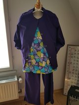Purple  Grays and seersucker top w jacket set of 3 piece in Ramstein, Germany