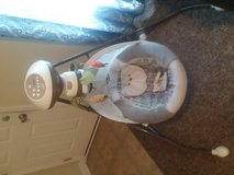 fisher price baby swing in Fort Knox, Kentucky