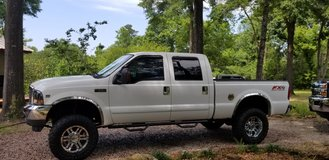 2003 F250 4WD V10 6.8L in Coldspring, Texas