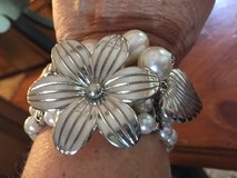 New Pearl Silver, Flower  Butterfly Stretch Bracelet in Glendale Heights, Illinois