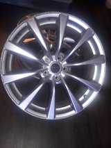 "(2) 20"" Infiniti Rims in Camp Pendleton, California"