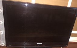"MAGNAVOX  32"" Black 720p LCD HDTV With Built-In DVD Player in Baytown, Texas"