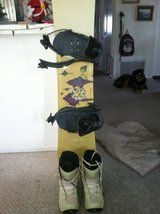 Snowboards and Boots - Complete Setup in Camp Pendleton, California