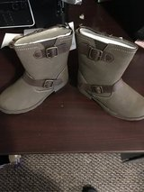 New carters finola dress boots in Orland Park, Illinois