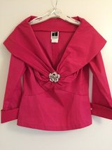 Tadashi UK size 12 Formal Top with Brooch in Wiesbaden, GE