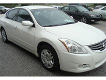 2011 NISSAN ALTIMA 2.5L S GAS SAVER CLEAN CARFAX. drive out today ! in Gainesville, Georgia