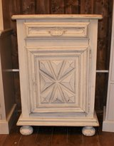 Chalk-painted Oak Cabinet in Baumholder, GE
